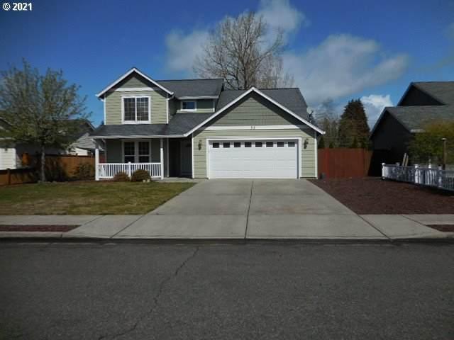 35 Crown Point Rd, Longview, WA 98632 (MLS #21055499) :: Premiere Property Group LLC