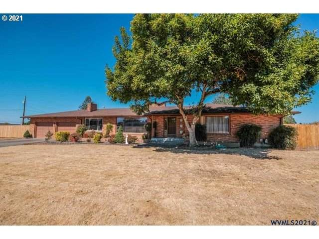 911 S Airport Rd, Lebanon, OR 97355 (MLS #21078732) :: Change Realty