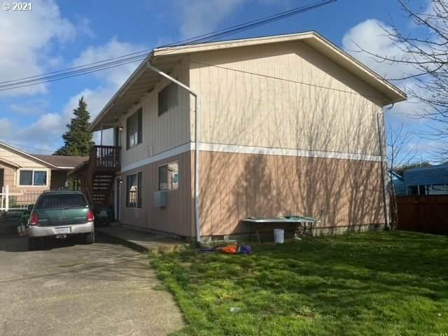 2257 Everett - Photo 1