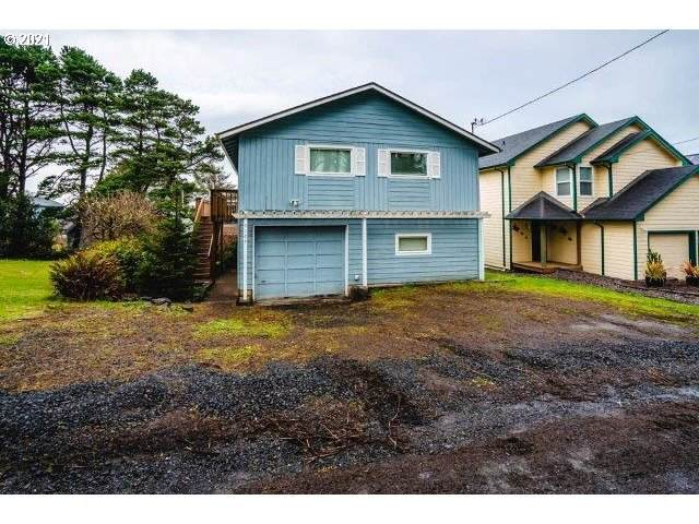 3129 NW Mast Ave, Lincoln City, OR 97367 (MLS #21098776) :: Real Tour Property Group