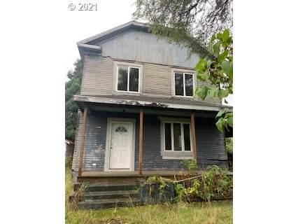 63707 Ellen St, Coos Bay, OR 97420 (MLS #21105347) :: Windermere Crest Realty