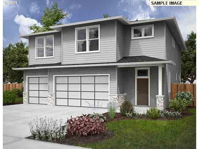 1447 NE 17th Ave, Canby, OR 97013 (MLS #21106961) :: Townsend Jarvis Group Real Estate