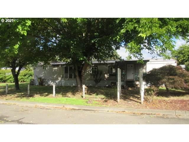 143 Sonya Ct, Myrtle Creek, OR 97457 (MLS #21109634) :: Holdhusen Real Estate Group
