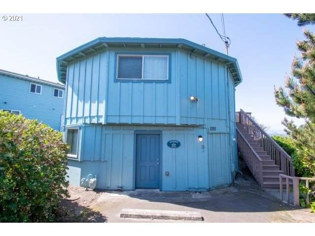 5325 NW Jetty Ave, Lincoln City, OR 97367 (MLS #21117694) :: Change Realty