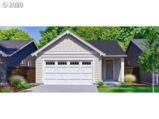 447 NE Arrowhead Dr #200, Estacada, OR 97023 (MLS #21127173) :: Fox Real Estate Group