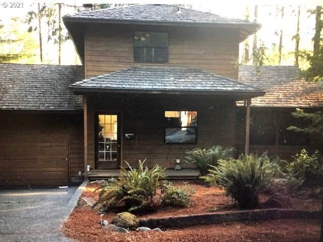 64836 E Sandy River Ln, Rhododendron, OR 97049 (MLS #21147440) :: The Liu Group