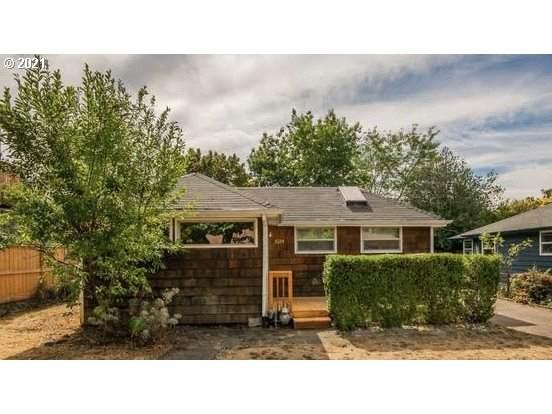 5034 SE Woodstock Blvd, Portland, OR 97206 (MLS #21148291) :: Cano Real Estate