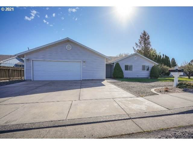 1335 S 1 St St, Hermiston, OR 97838 (MLS #21174915) :: The Pacific Group