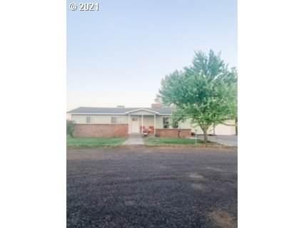 1640 NE 2ND St, Hermiston, OR 97838 (MLS #21184663) :: Fox Real Estate Group