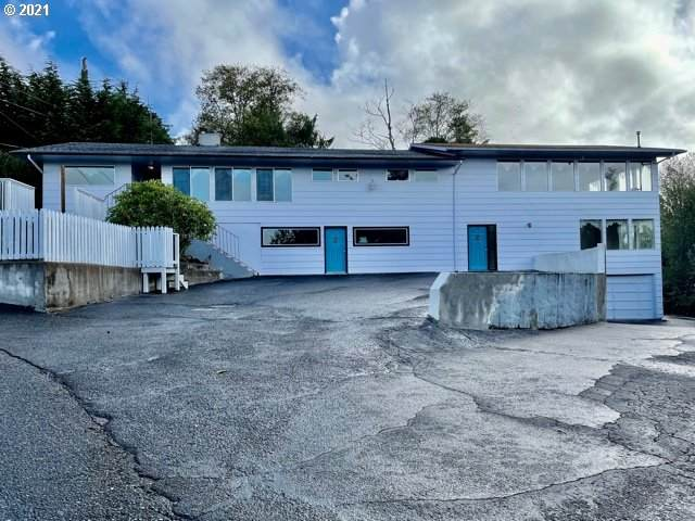 63654 Ahill Rd, Coos Bay, OR 97420 (MLS #21195372) :: The Pacific Group