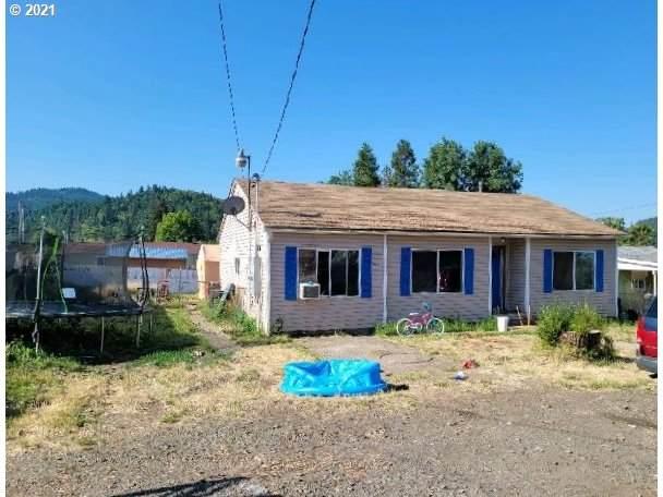 504 NE Waite St, Myrtle Creek, OR 97457 (MLS #21216324) :: Fox Real Estate Group