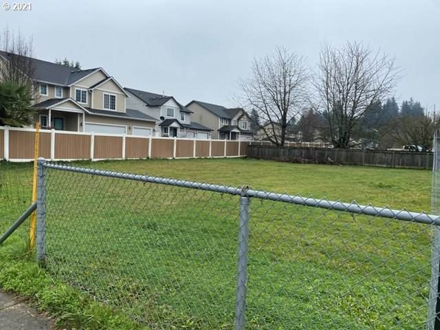 NE 28th, Vancouver, WA 98682 (MLS #21216331) :: Brantley Christianson Real Estate