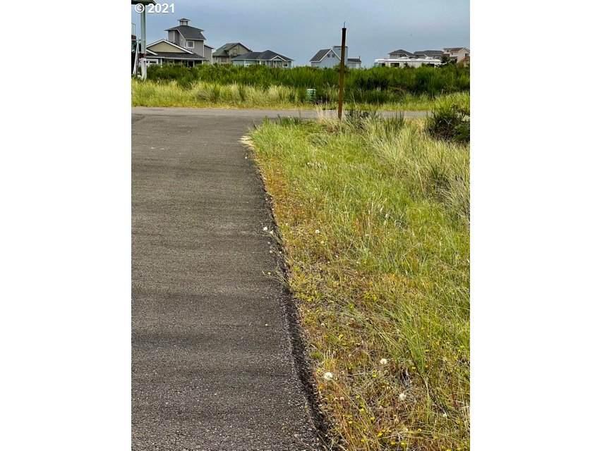 1435 Kailua Ct - Photo 1