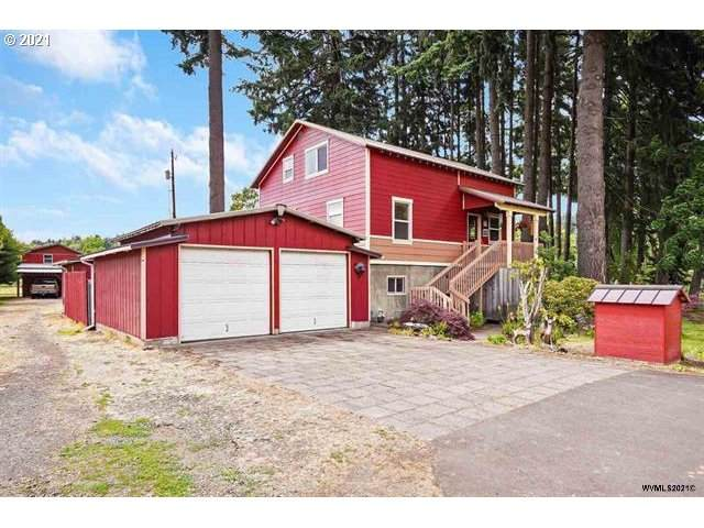 390 Juniper Ln, Albany, OR 97321 (MLS #21244332) :: Real Tour Property Group