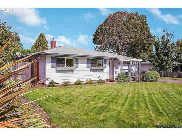 2205 NW Elmwood Dr, Corvallis, OR 97330 (MLS #21249311) :: Townsend Jarvis Group Real Estate