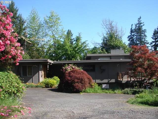 3400 View Ln, Eugene, OR 97405 (MLS #21254366) :: Oregon Farm & Home Brokers
