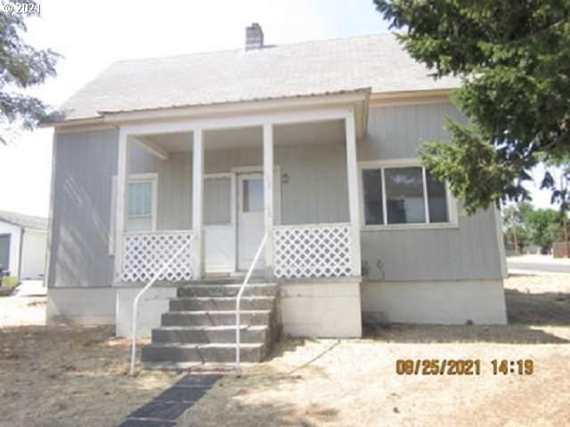 603 S Oregon St, Condon, OR 97823 (MLS #21267315) :: Premiere Property Group LLC