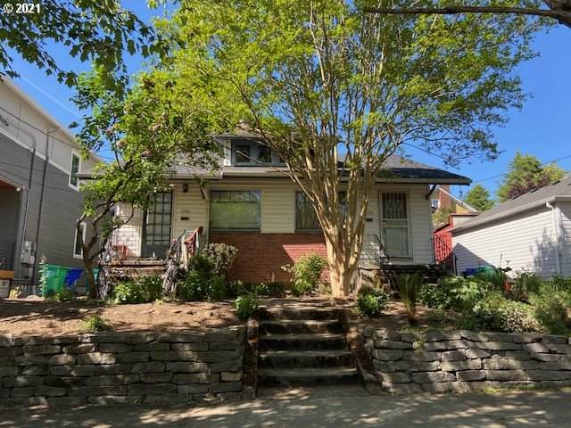 2321 SE Sherman St, Portland, OR 97214 (MLS #21285868) :: Next Home Realty Connection