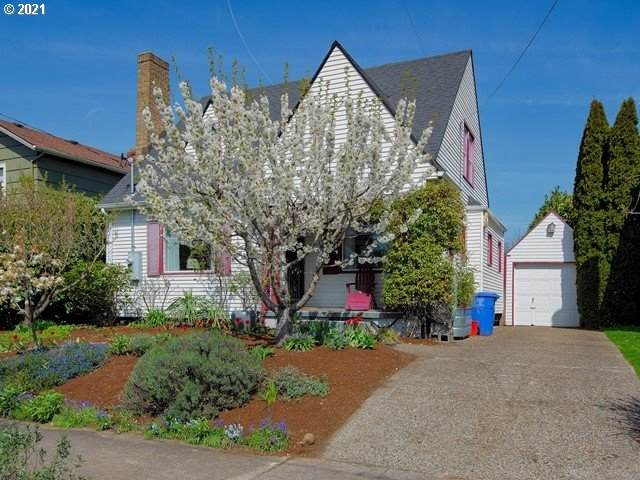 1329 NE Ainsworth St, Portland, OR 97211 (MLS #21296240) :: The Pacific Group