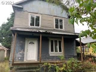 63707 Ellen St, Coos Bay, OR 97420 (MLS #21324066) :: Windermere Crest Realty