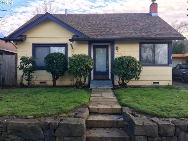 2367 Emerald St, Eugene, OR 97403 (MLS #21329740) :: Fox Real Estate Group