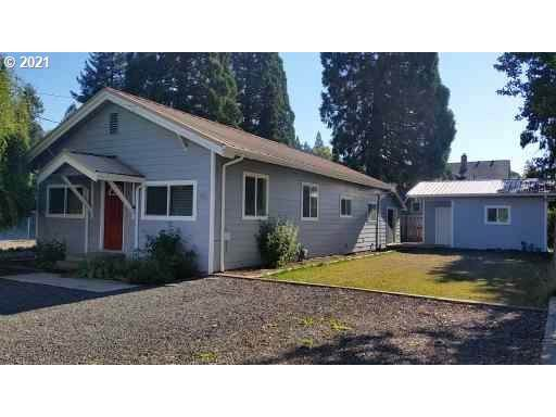 418 Park St, Silverton, OR 97381 (MLS #21331156) :: Song Real Estate