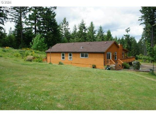 26560 Chapman Heights Rd, Eugene, OR 97402 (MLS #21332917) :: Duncan Real Estate Group