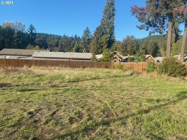 47697 Paddock, Oakridge, OR 97463 (MLS #21336968) :: Song Real Estate