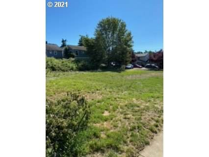 SE 119TH Ave, Portland, OR 97216 (MLS #21337889) :: Fox Real Estate Group