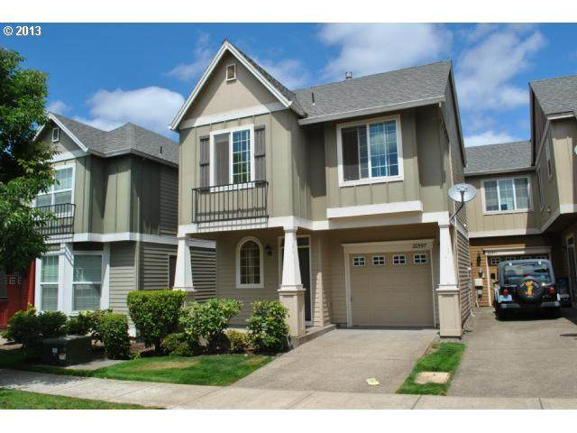 20597 SW Skiver St, Beaverton, OR 97078 (MLS #21338012) :: Next Home Realty Connection