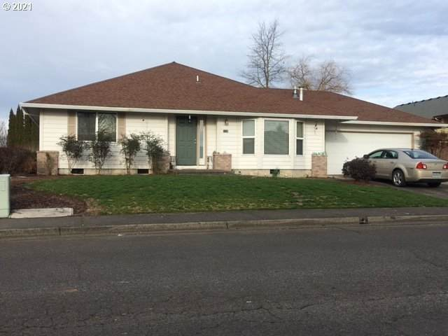 1119 Meadow Dr, Molalla, OR 97038 (MLS #21345443) :: Beach Loop Realty