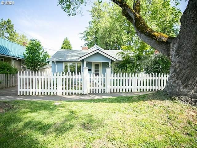 1457 E 24TH Ave, Eugene, OR 97403 (MLS #21346435) :: Fox Real Estate Group