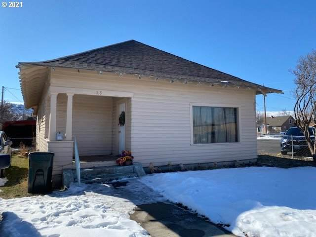 1319 Washington Ave, Baker City, OR 97814 (MLS #21346442) :: Premiere Property Group LLC