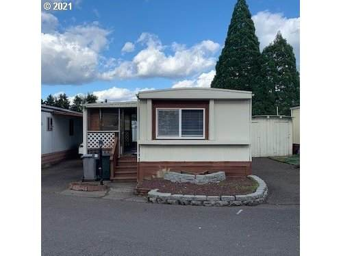 620 SE 2ND Ave #15, Canby, OR 97013 (MLS #21379128) :: The Haas Real Estate Team