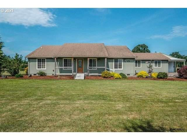 1224 Cascade Dr, Lebanon, OR 97355 (MLS #21380945) :: Townsend Jarvis Group Real Estate