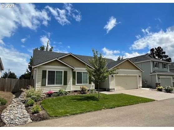 559 Andrian Ct, Molalla, OR 97038 (MLS #21387809) :: Lux Properties