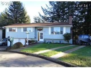 2559 Ridgeway Ct, Reedsport, OR 97467 (MLS #21389041) :: Beach Loop Realty