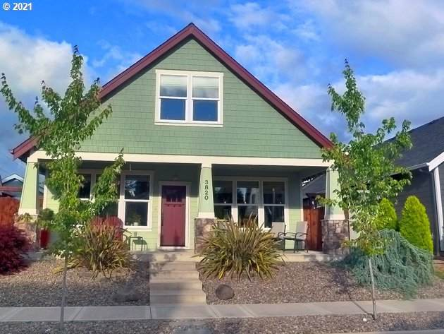 3820 NE Joel St, Mcminnville, OR 97128 (MLS #21402423) :: Real Tour Property Group
