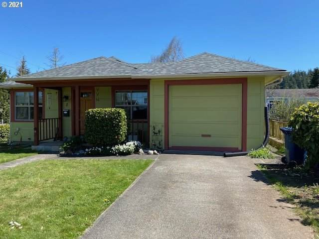 2 S Collier St, Coquille, OR 97423 (MLS #21417883) :: Cano Real Estate