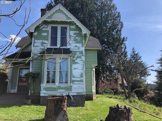 634 Oak St, Silverton, OR 97381 (MLS #21435258) :: Cano Real Estate