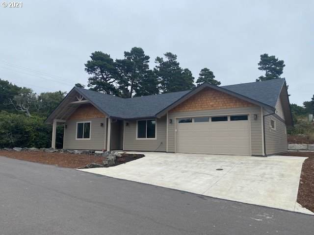 4319 N Rhododendron Dr - Photo 1