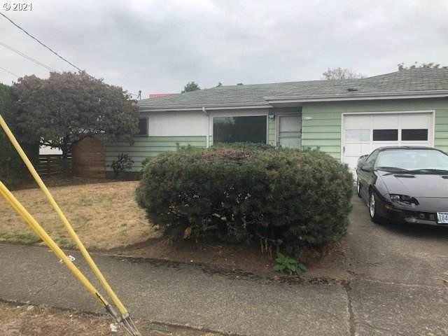 8110 NE Multnomah St, Portland, OR 97213 (MLS #21475697) :: Song Real Estate