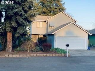 12504 SE 25TH Ave, Milwaukie, OR 97222 (MLS #21475740) :: Fox Real Estate Group