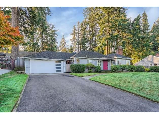 11248 SW Capitol Hwy, Portland, OR 97219 (MLS #21480608) :: Real Tour Property Group