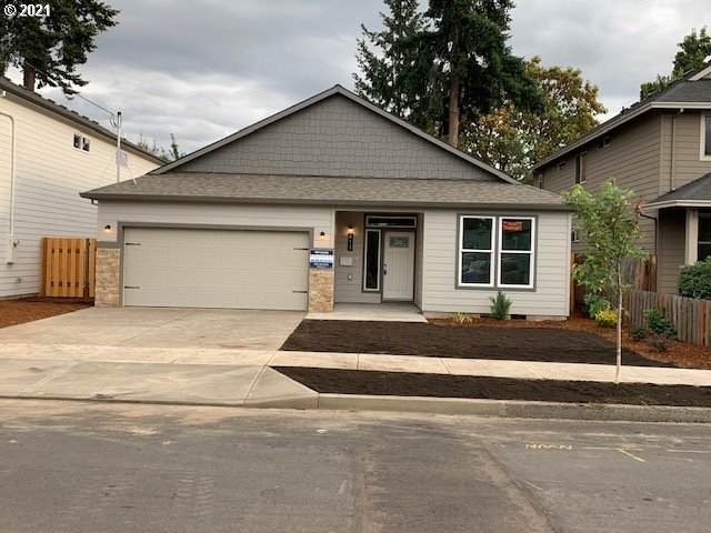411 W Dartmouth Ave, Gladstone, OR 97027 (MLS #21492597) :: Premiere Property Group LLC
