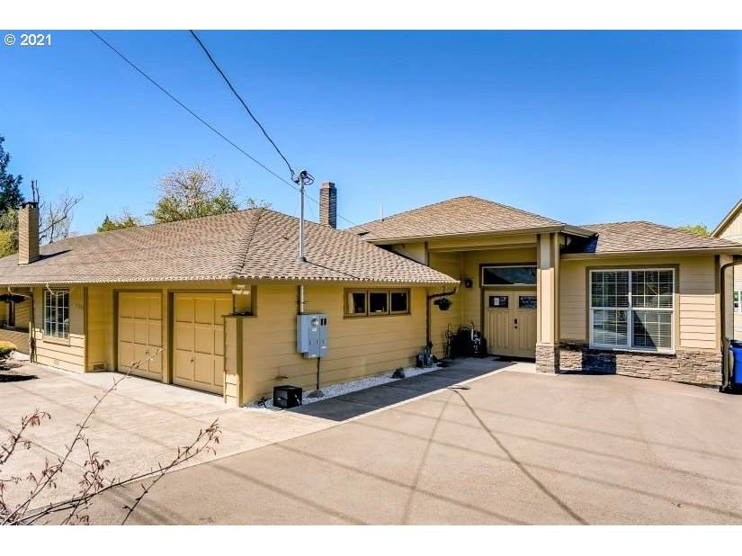 11375 Capitol Hwy - Photo 1