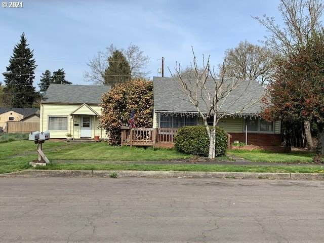 2820 E 8TH St, Vancouver, WA 98661 (MLS #21513946) :: Fox Real Estate Group
