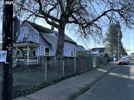 8506 SE Tolman St, Portland, OR 97266 (MLS #21515521) :: Premiere Property Group LLC
