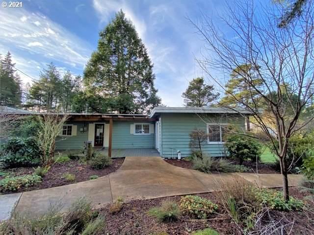 55485 Goodwin Rd, Bandon, OR 97411 (MLS #21516760) :: McKillion Real Estate Group
