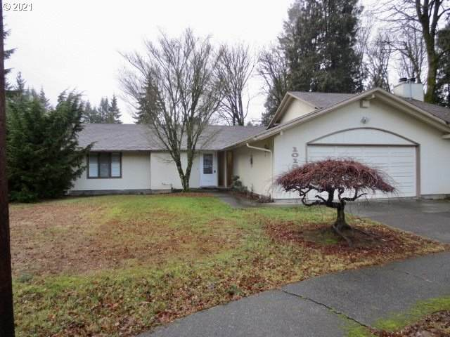 10139 SW 50TH Ave, Portland, OR 97219 (MLS #21543120) :: Fox Real Estate Group